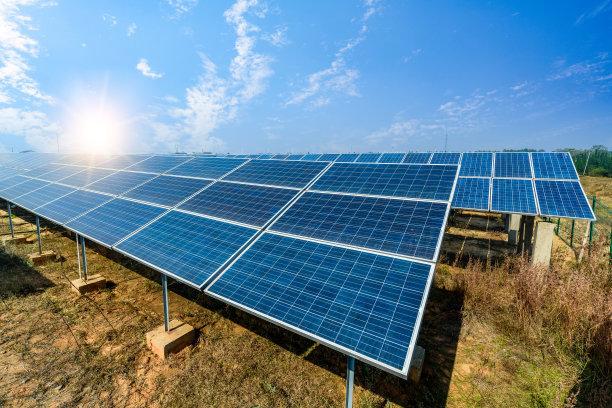 电建水电开发公司与黑水县签订光伏项目开发框架协议