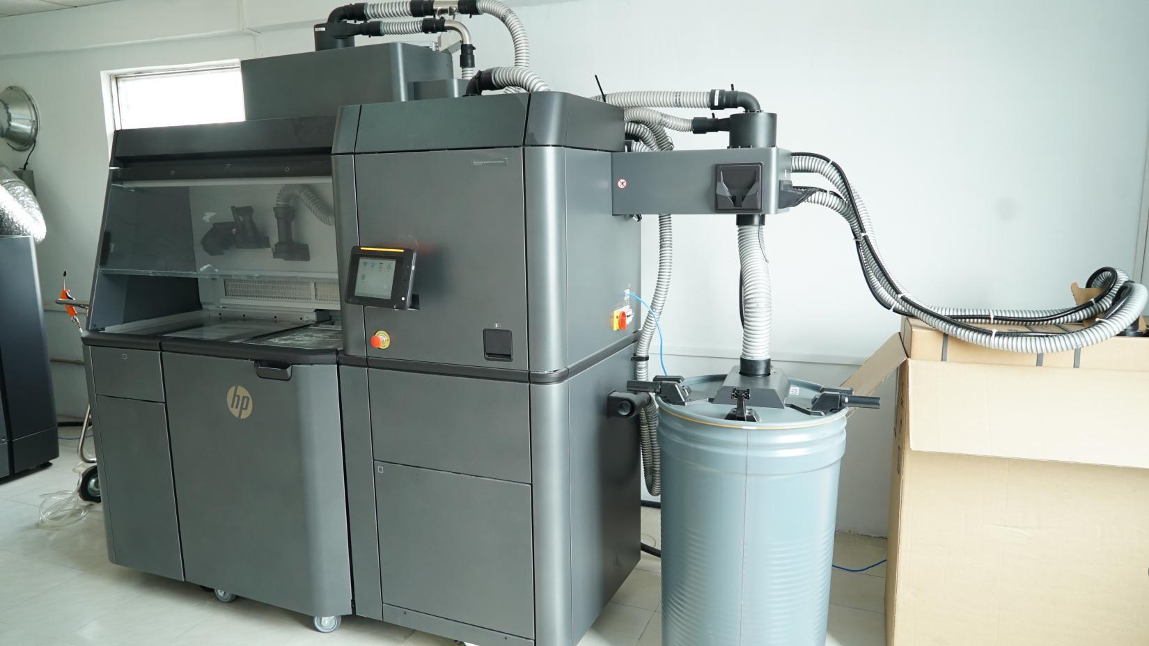 南吉达引进3D打印  6h完成高精密注塑件制作