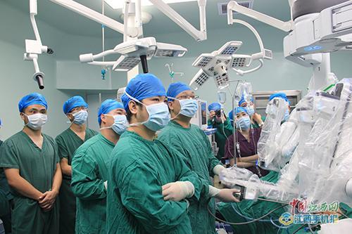 中兴通讯协助中国电信助力京藏实施国内首例大骨节病5G远程手术