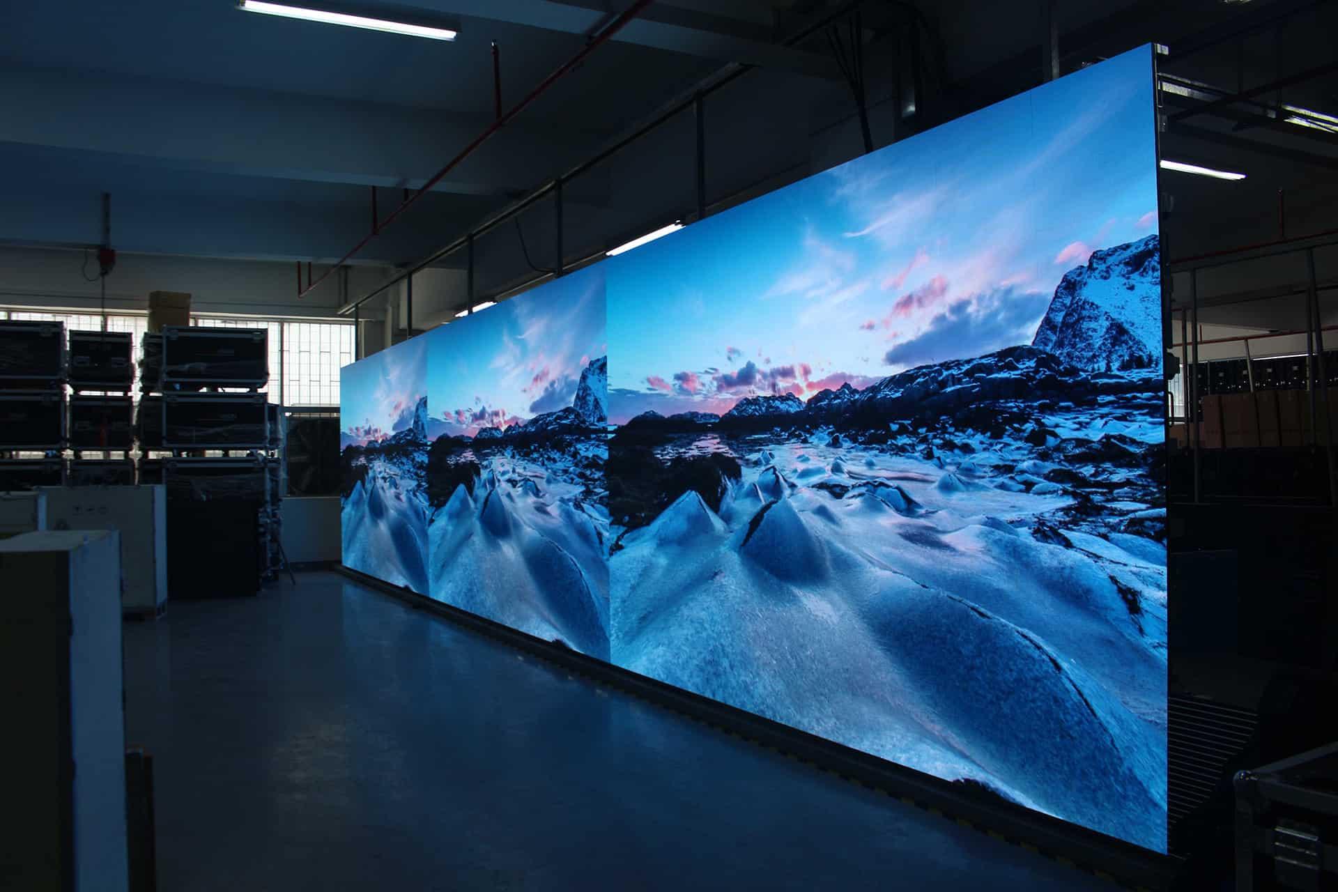 透明LED显示屏不同的发光技术