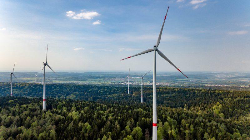荷兰水坝风电综合项目迎来大型光伏电站
