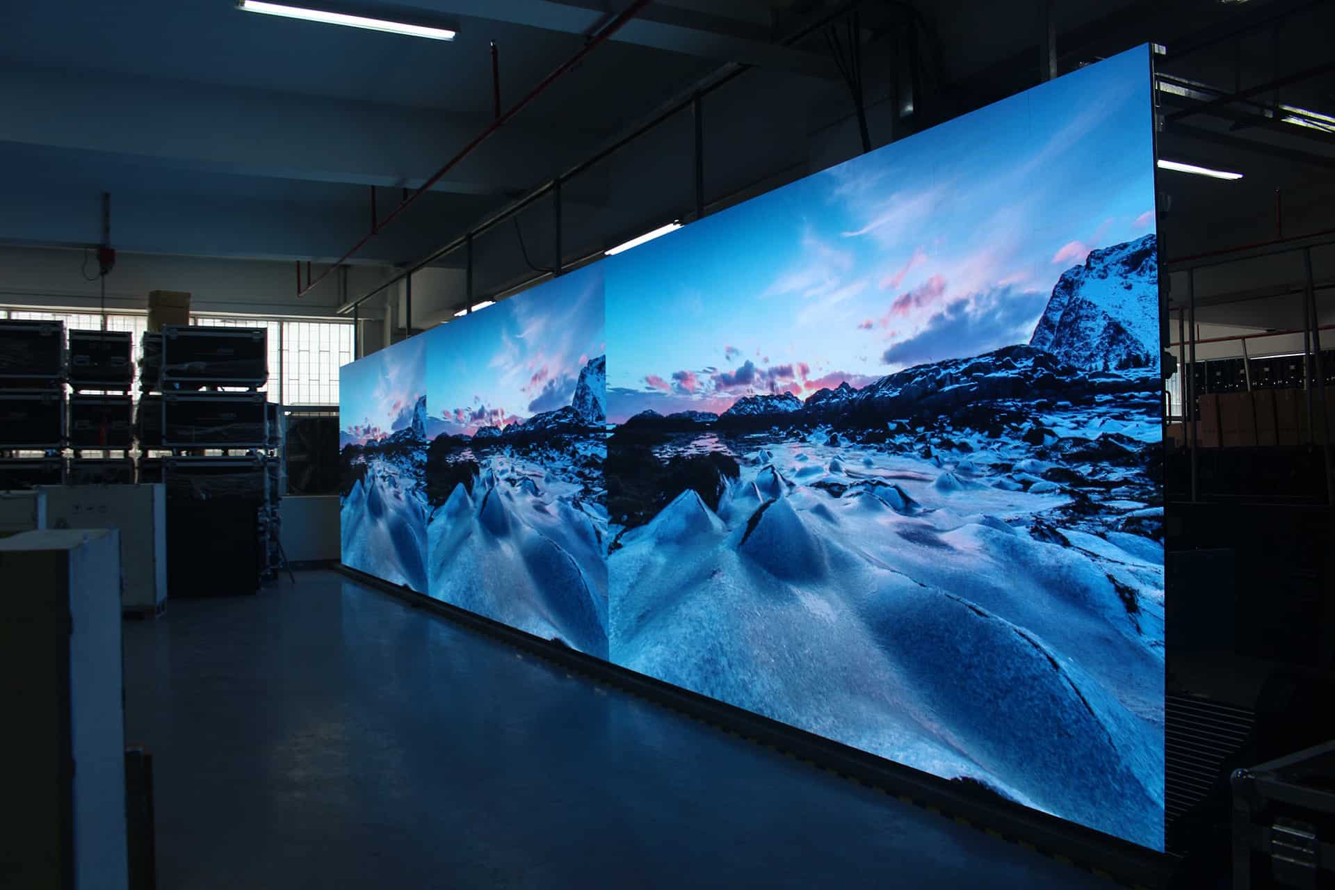 VueReal开发新型透明Micro LED显示屏,透明显示热度续增