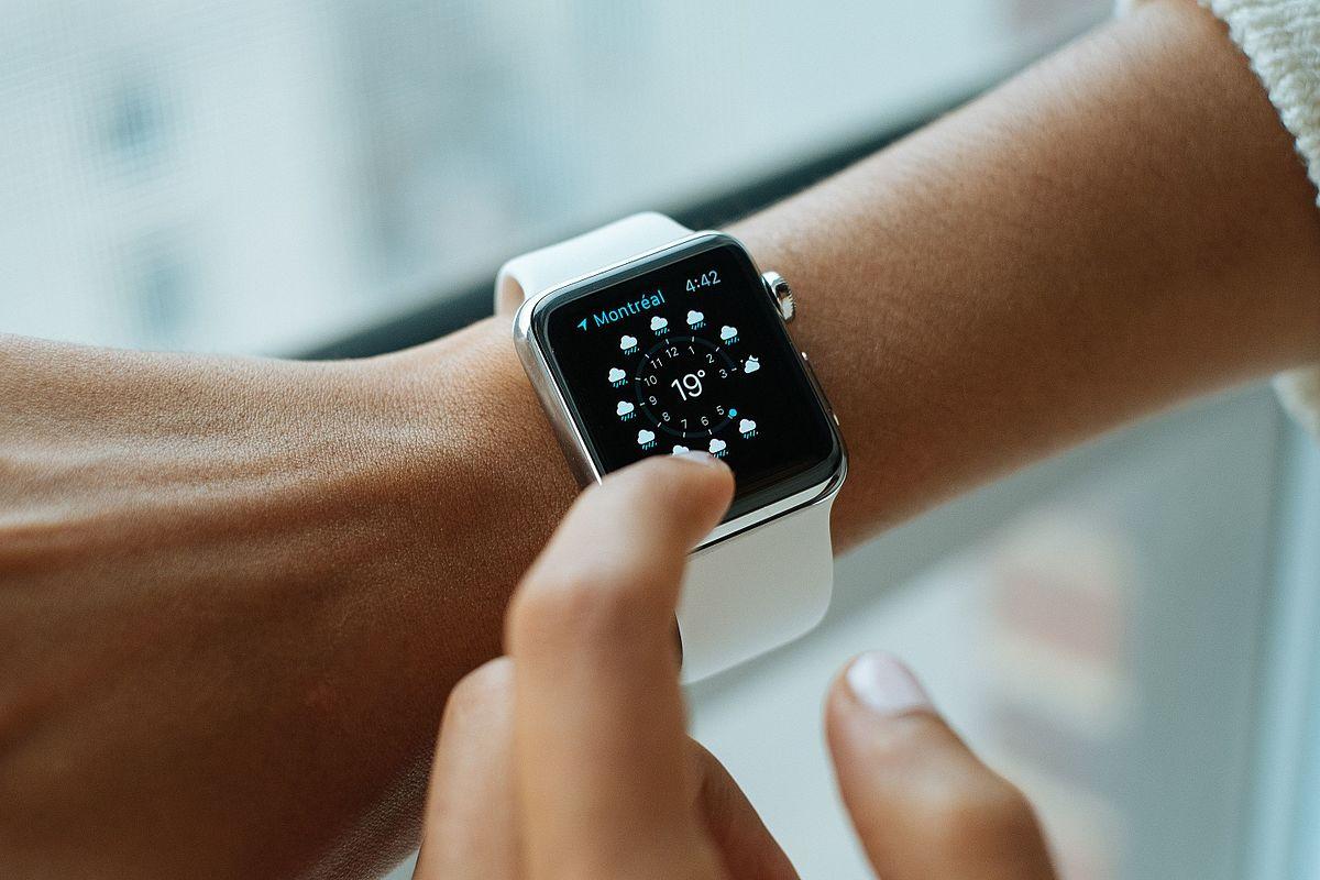 智能穿戴迎爆发式增长,京东618智能手表成交额同比增120%