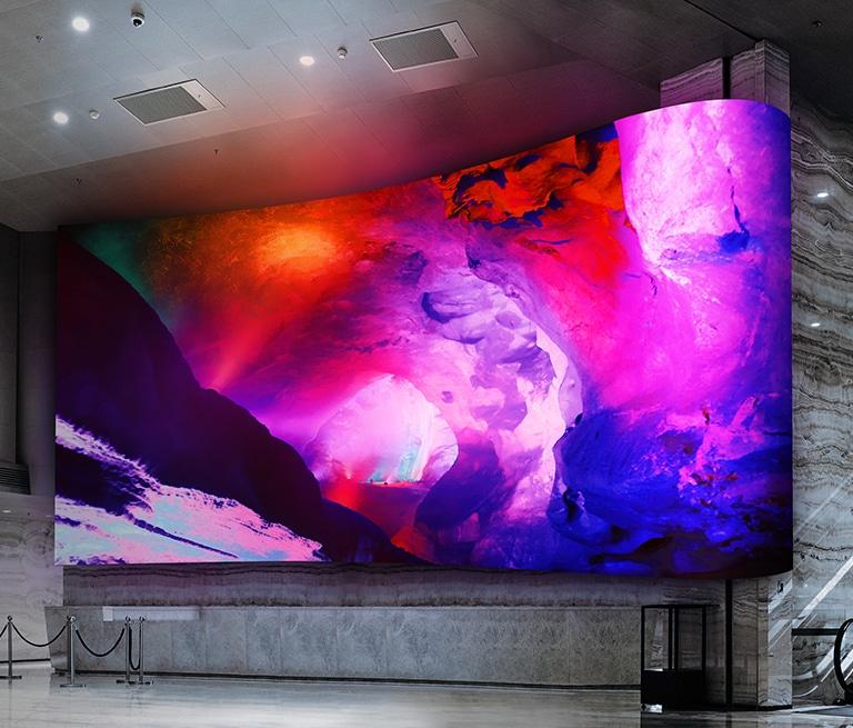 为LCD厂续命,京东方用TFT玻璃背板技术量产MiniLED直显显示屏