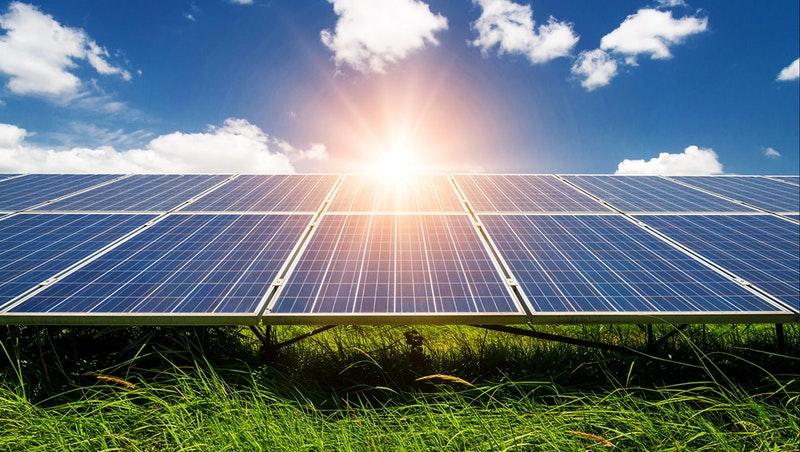 """东方日升:公司""""马来西亚3GW高效太阳能电池及组件制造基地项目""""正在有序推进中"""