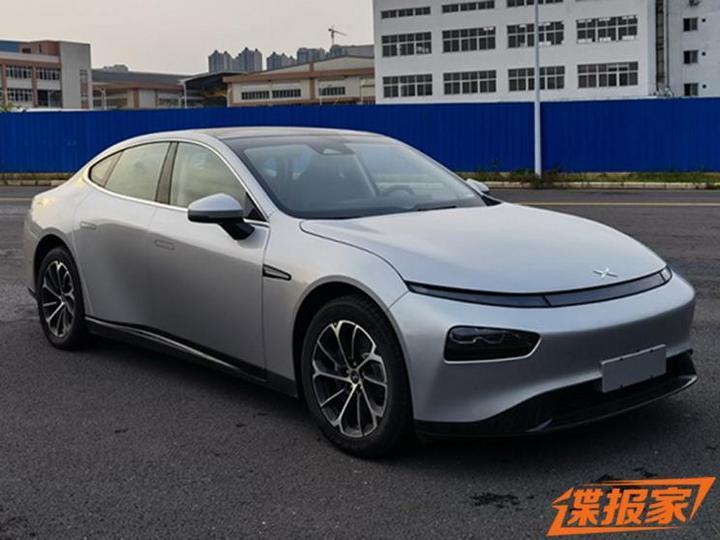 小鹏汽车P7磷酸铁锂双电机版申报图