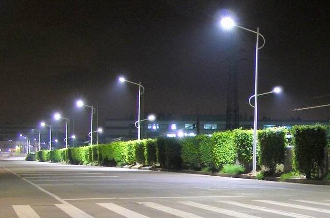 上海浦东杨高路实施LED照明改造,飞利浦专业照明供货