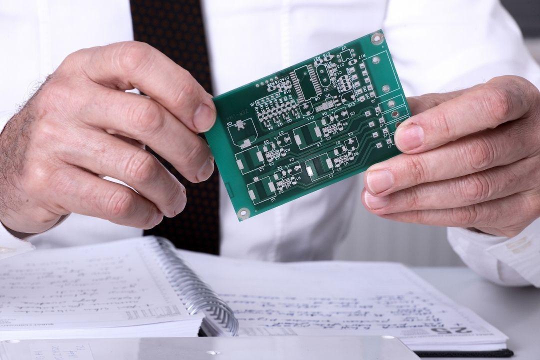 竞争优势成国内第一,中微公司对芯片产业链有何影响?