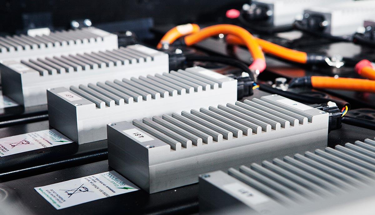 HIT电池是什么电池,HIT电池有什么优点?