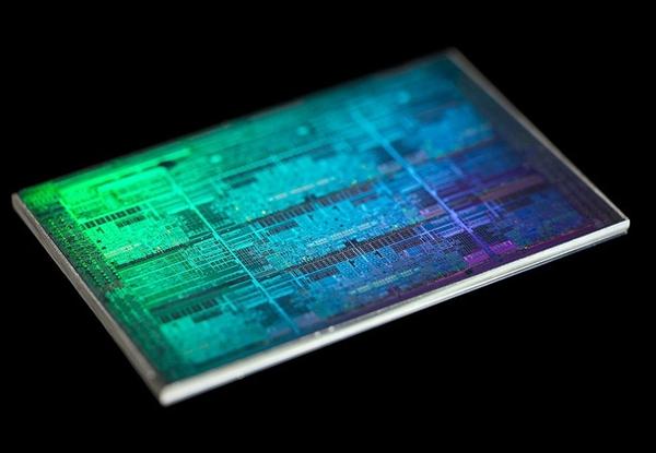 AMD/NV接招 分析师看好Intel ARC显卡:终结双寡头垄断