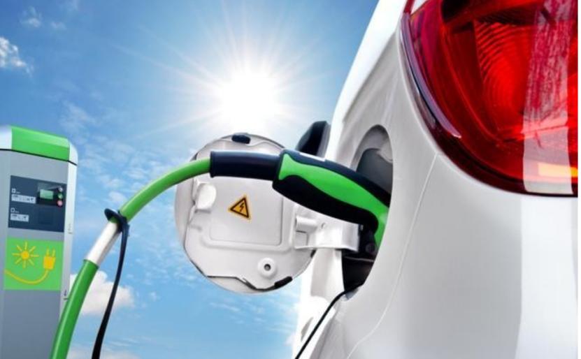 IEEE专家:电动汽车电池成本正大幅下降,品质也有所提升