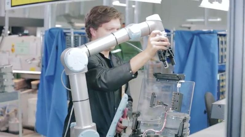 协作机器人是怎样的?其优势有哪些?