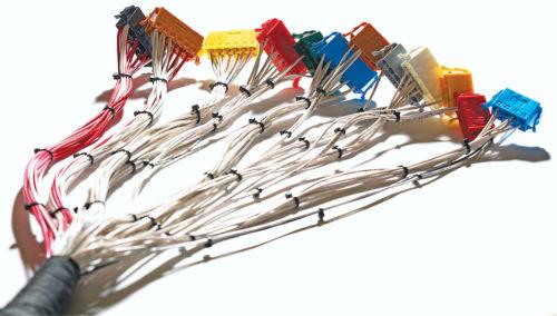 电子设备生产中十分重要的连接器胶加工技术
