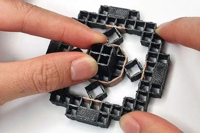 MIT工程师3D打印出直接嵌入传感器的产品原型