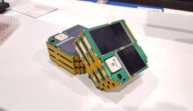 影响非晶硅电池转换效率和稳定性的主要因素