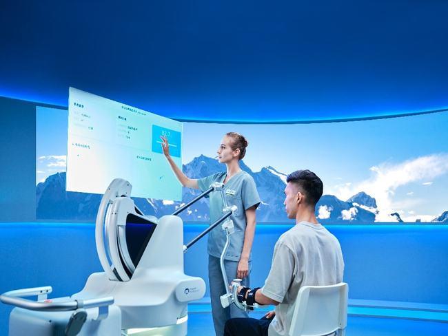 傅利叶智能新品亮相RehabWeek,打破康复机器人技术围城