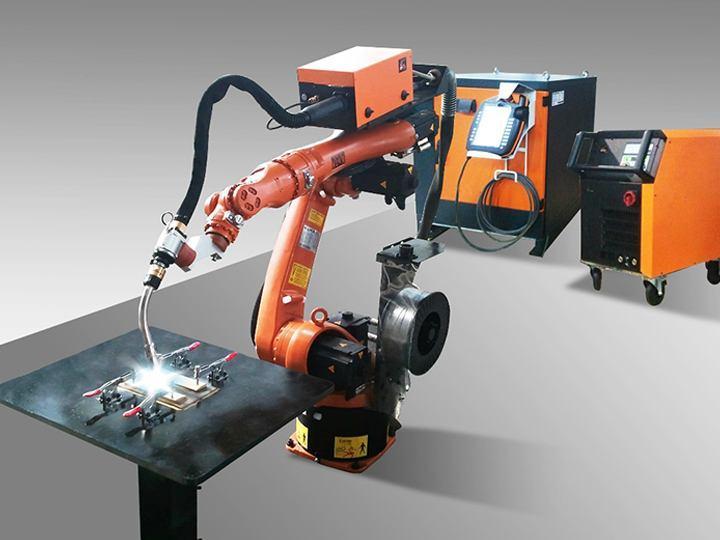 """机器人从""""笼子""""作业走向人机共融"""