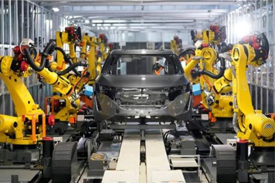 """日产智能工厂亮相,""""工匠级""""机器人让人大开眼界!"""
