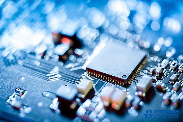 车规级芯片短缺 中国车规级芯片行业迎来发展新机遇