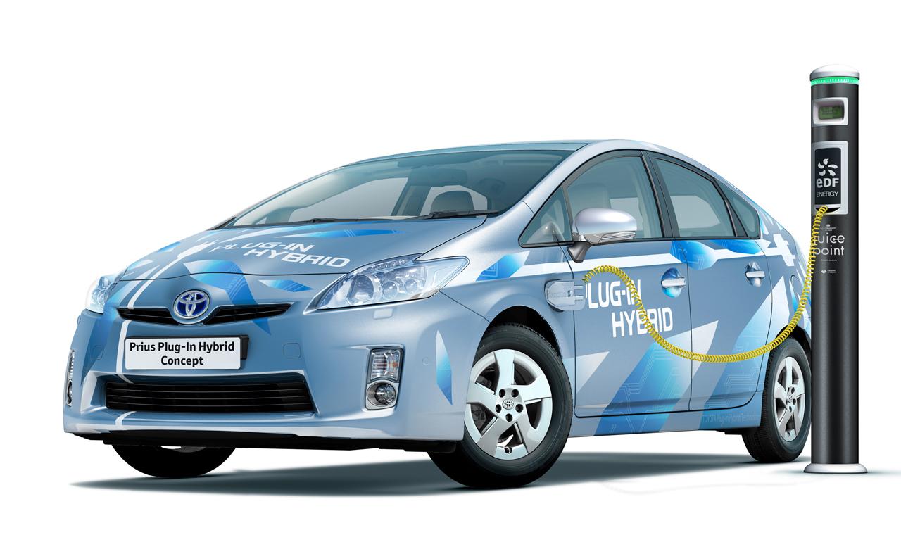 工信部:车企应与电池企业开展设计协同 提升电池安全