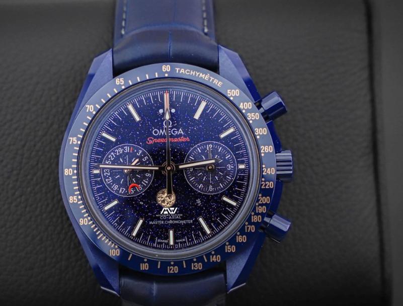 Moto Watch 100智能手表是摩托罗拉最新可穿戴设备