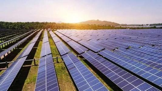 国家统计局:1-9月我国太阳能发电量约1362.2亿千瓦时 同比增10.2%